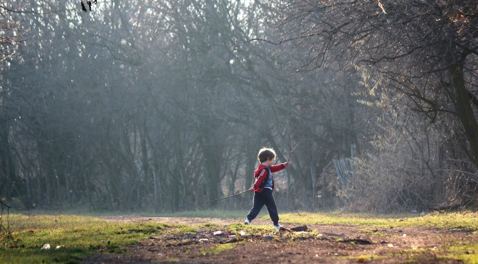 Mud pies and green spaces – why children do better when they can get outdoors